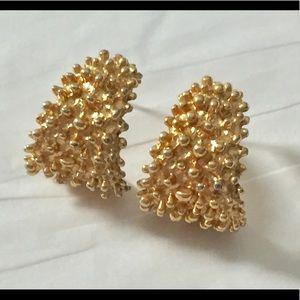 Vintage Sarah Coventry Gold Hoop Earrings
